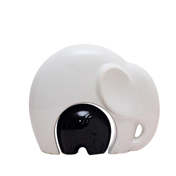 utiliser l 39 l phant dans la d co. Black Bedroom Furniture Sets. Home Design Ideas