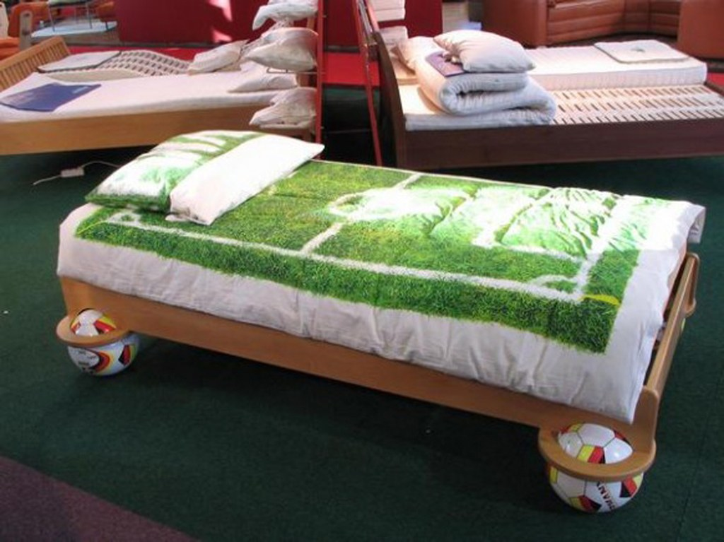 football-decoration